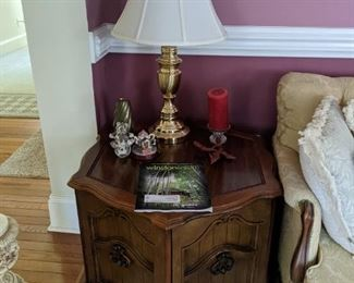 End Tables/Lamps