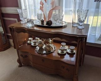 French Provincial Server with Drop Leaves