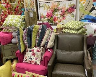 Pinks and greens!!! Vase fillers for $8, 500 closeout Desgner pillows $16!!