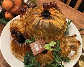 Good-looking glass pumpkins