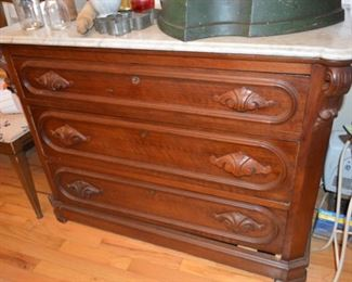 Victorian marble-top 3 drawer chest