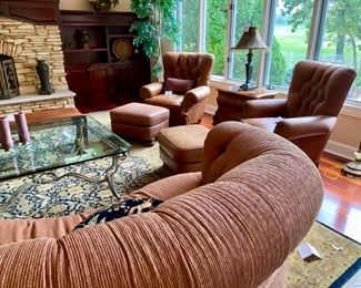 """Lot 3175. $650.00 C.R. Laine in Hickory, N.C. Kidney Shaped Sofa was $2000 new! In a heathered rust color. 92""""w 48""""d x 35""""t 18"""" seat height."""