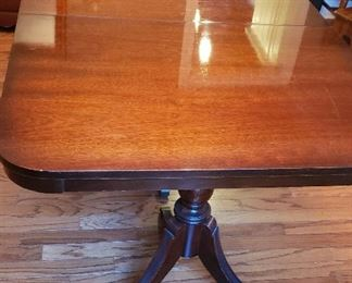 Top of Duncan Phyfe dining table