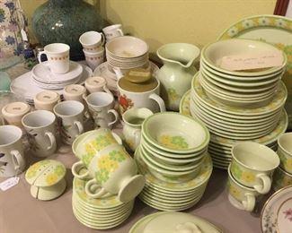 Vintage china, Corning ware dishes