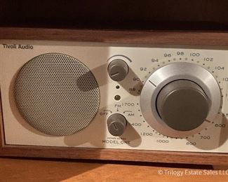Tivoli Model 1 AM/FM Radio, white face $45