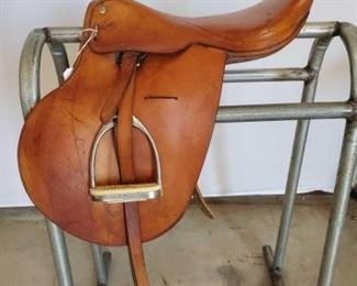 "191	  English Riding Saddle 16"" English Riding Saddle.  Saddle has stirrup leathers and irons.  Saddle is in good working condition."