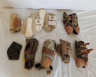 443	  Lots of Splint Boots and Skid Boots Lots of Splint Boots and Skid Boots Pro Choice-Classic Equine Some in new condition