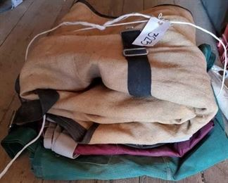 323	  Light Weight Horse Size Blankets 4 Light Weight Horse Size Blankets, one is flex rider brand.  All standard horse size and in good condition.