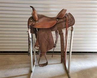 "#265 • 16 1/2"" Big Horn Saddle no. 169 with breast collar and back cinch, rear tie settings"