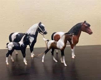 73	  4-Breyer Collectable Ponies and Babies 4-Breyer Collectable Ponies and Babies All has makers mark All for one money