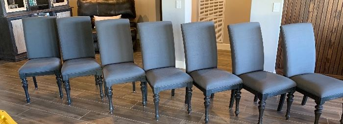 Riverside Furniture Corinne Dining Room Table w/ 8 ChairsTable: 30x54x71-53in. Chairs: 40x20x23inHxWxD