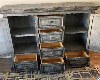 Grey Wood Weathered/Rustic Dresser	45 x 61.5 x 18.5	HxWxD