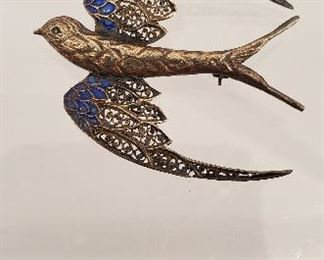 antique filigree and enamel bird pin