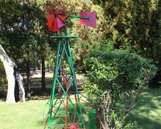Lawn windmill, in excellent condition