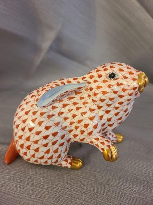 Handpainted Herend Hungary  ~ fishnet red rabbit