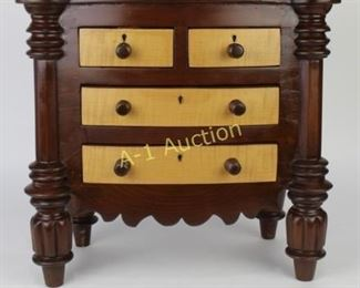 Miniature / Salesman Sample Chest