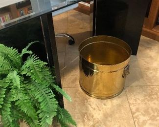 Brass container - planter