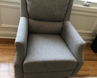 """single chair is 3ft. 3 inches width is 2.8"""" ottoman 1'9x 1' 3"""""""