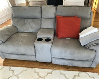 """TWO SEATER COUCH 6'3""""  WIDTH 35 INCHES"""