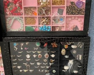 Rings, Necklaces, Watches, Earrings
