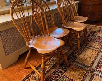 c1790 Matched set of 4 Windsor chairs