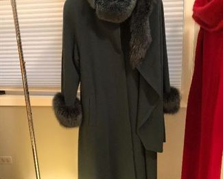 BUY IT NOW! $85 Alan Cherry Toronto gorgeous cashmere & wool women's coat, sz 8, 3pc with rabbit cuffs and rabbit trimmed detachable collar & loose hood/wrap