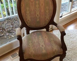 BUY IT NOW! $95 wood framed accent chair
