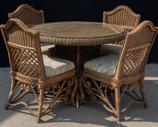 5 piece Rattan Dining Room Set with glass top