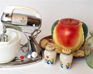 Vintage Kitchenware & Hamilton Beach Mixer