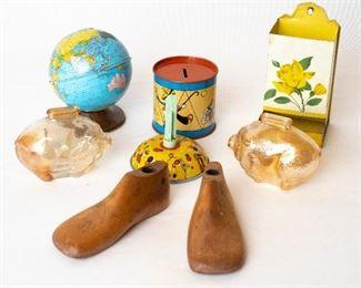 Assorted Toys Shoe Horn piggy banks