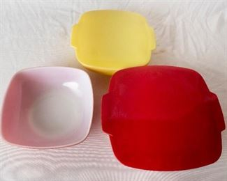 Vintage Red and Yellow Pyrex Bowls
