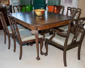 Table and 6 Chairs 275.00 - Call Diane to Purchase 205 799-4166