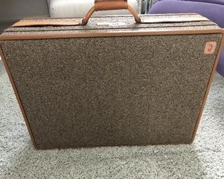 Hartman suitcase