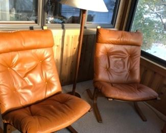 Wesnofa Vestlandke Leather and Bentwood siesta chairs, MCM excellent condition, Norway