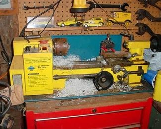 "Beautiful ""mini-lathe"" for precision small parts and other items."