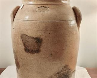 Jacob Caire Poughkeepsie Stoneware Crock