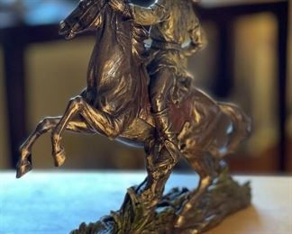 Top Collection Geronimo Going to Battle resin Statue11x12x6inHxWxD