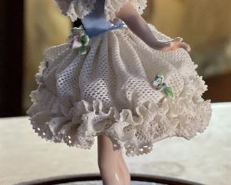 AS-IS Antique German Muller Volkstedt figurine Dancer Dresden Porcelain Lace Figurine In Dome Display6x4x2.5inHxWxD