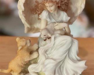 Seraphim Josephine Celebration of Peace Angel Sculpture5x4x4.5inHxWxD
