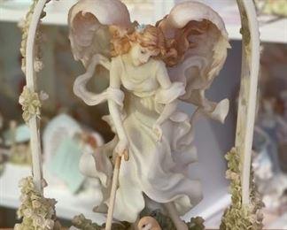 Seraphim Allison Silver Lining w/ Garden Trellis10x7x4inHxWxD