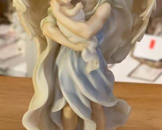 Seraphim Comforting Soul Protect Me Always Angel Sculpture8x4x3inHxWxD
