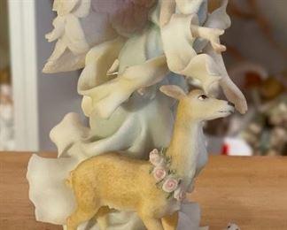 Seraphim Frances Gentle Guide Angel Sculpture8x5.5x5.5inHxWxD