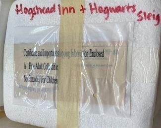 Bradford Exchange Harry Potter Hog's Head Inn Hawthorne Village6.25x6x3.5inHxWxD