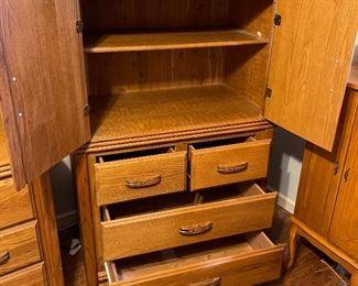 Oak Tall Dresser/ Wardrobe55x36x20inHxWxD