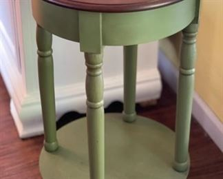 Round Green Side table28in H x 17in Diameter