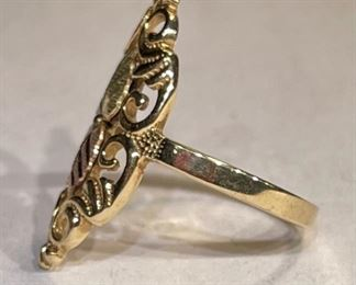 10k Yellow/Rose Gold Leaf Ring SZ 610k