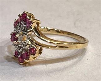 10k Gold Diamond & Garnet Cluster Ring SZ 610k
