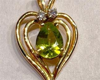 14k Gold Peridot & Diamond Heart Pendant14k