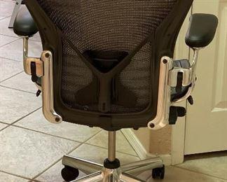 Herman Miller Aeron Chair Aluminum/GraphiteSize C. 43x28x26inHxWxD