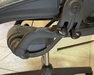 Herman Miller Aeron Chair BlackSize C. 43x28x26inHxWxD